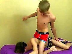 Vídeos Jovencitos dulces del los muchachos Carga de Participación