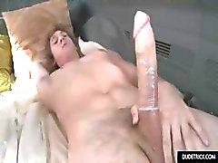 Hot Twink on hänen ensimmäinen homo kokemus