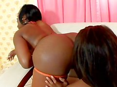 Holla Black Girlz 18 - Scene 1