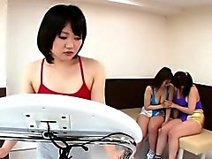 Asian lesbo squirts everywhere