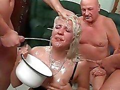 Extreme pissing film