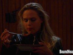 Huntress Slave Besleme Ve Yeni Kız On Kontrol