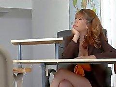 Rousses enseignants se charge de l'élève