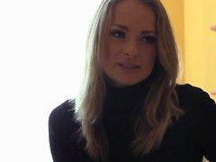 Sökande efter orgasm - Ukranian argbigga Ivana Sugar på erotic ensam