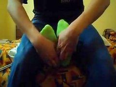 Испанский студентом уни имеет ногами пощекотал .