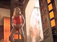 Nikki in Rio Ihre brasilianischer ass analen schwieriger stellt Porno in HD