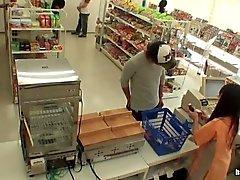 Shopgirl Дразня Гай