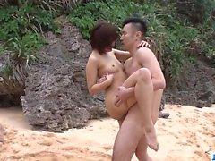 Mente blowing trio ao ar livre com a beleza magro Saya Tachibana