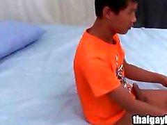 Thailändischen Homosexuell Junge Hon an warmen Befriedigung