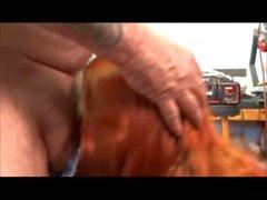 Arizona hotwife blåser ett mekaniker i sin butik