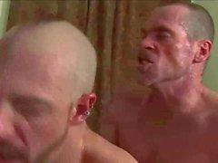 Orgía muy caliente en la habitación del hotel - ZeusTV