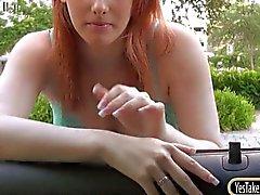 Teen Rainia Belle onu büyük memeleri renkte yanıp söner