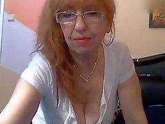 Bulgarian бабулька