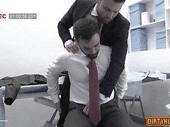 Muscle gay analsex och cumshot