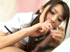 Japanska handjob och avsugning
