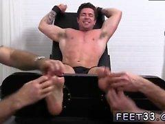 Gay sexe ado arabe garçon Trenton Ducati Bound & Tickle d