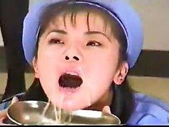 Amatör asiatisk flickvän slog och ansiktscumshot