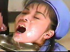 Amateur asiatische Freundin schlug und mitten ins Gesicht