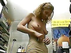 Tyska amatör dam betalt för att göra en porr scen Sascha Production