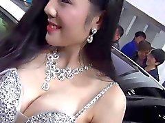 Kiina autoa tanssityttö Teat slip