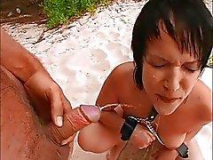 Deutsch Teenager Lill ruft auf den Strand gefickt