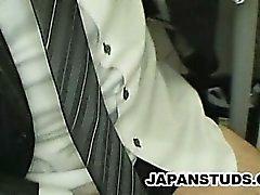 Japansk affärsman Hiroki Nishi smeka han kuk medan