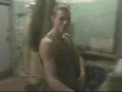 Naakt Soldaten in kleedkamer