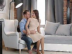 rosso russa nippli forata Renata di Fox viene sbattuto