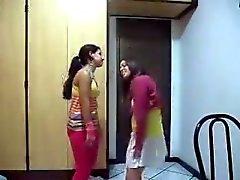 Deux jeunes danseuses
