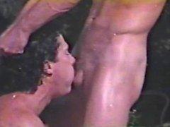 Homosexual de Peepshow Bucles de trescientos tres de los 70 y de 80 - escena 3