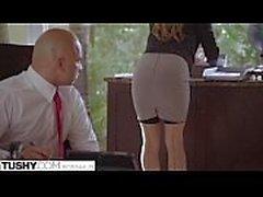 Unterwürfig Sekretärin bestraft und sodomized