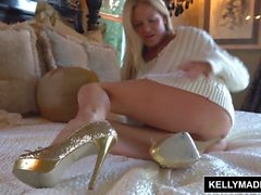 KELLY MADISON Fucking Herself With a Dirty Glass Toy