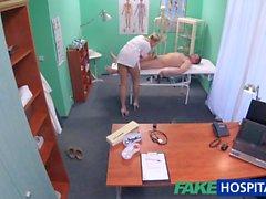 FakeHospital Hemşire bilgisayar teknisyeni kanına