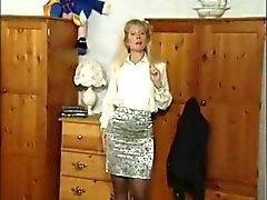Mulheres maduras britânica Anna vagabunda em cenas individuais poucos