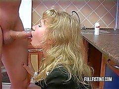 Гидромассажная Bitch Определяет Кастетных и жопа - выебанная в кухне