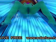Cam solarium solarium caliente Caliente masturbación chica