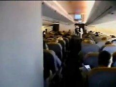 Amateur Babe Arschfick In Fliegenden Flugzeug