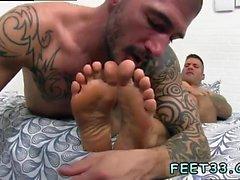 Gay twinks fötter cum första dags Caleb Hämtar ett Överraskning från mul Arbets
