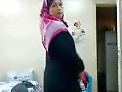 Julia Delrosario vitun arse Arab dress