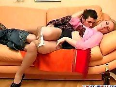 Ryska kåta aunty seducing kusin