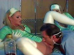 Nurses bumsen Latex Uniform