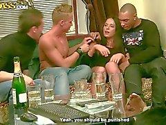 Üç ayyaş boys sexy piliç Natalie sikme