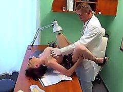 patsient-ebet-vracha