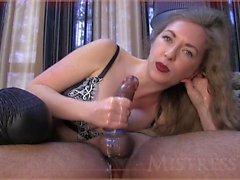 Mistress matura fa la sua compilation sborrata eiaculazione sperma schiavo schiavo