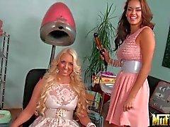 Seductores Latinas Daisy de Marie y coqueto Molly de Cavalli