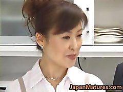 Hitomi Kurosaki maduro asiático garota part1