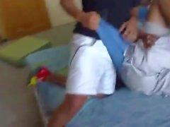 rakt boys blir kåt ifrån juckar mot med varandra