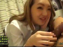 Große Blasen Amateur-Porno mit einem bösen Asian Babe