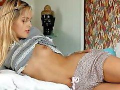 tatlı sasha onun anal parmak