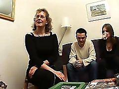 Matures Françaises Françoise fucked en trio